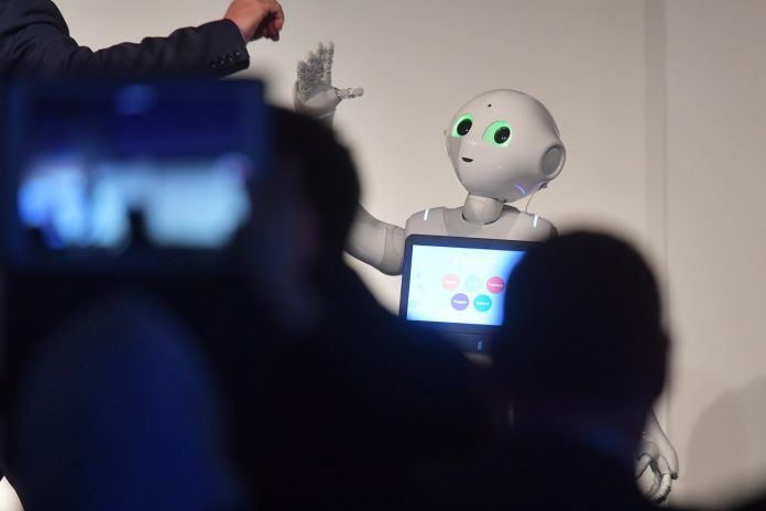pepper robots sector hotelero lopesan