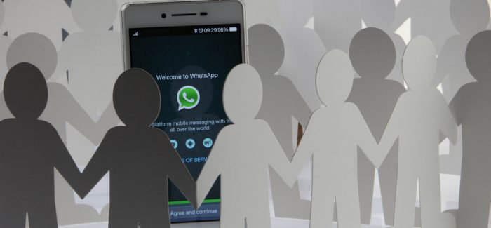 ¡Atención! Meter a gente en un grupo de WhatsApp no es legal