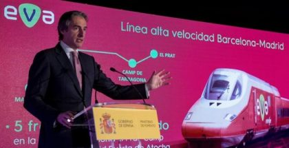 eva renfe smart train
