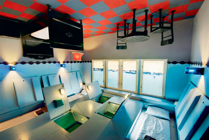 propeller island city lodge el hotel m s raro del mundo tecnohotel. Black Bedroom Furniture Sets. Home Design Ideas